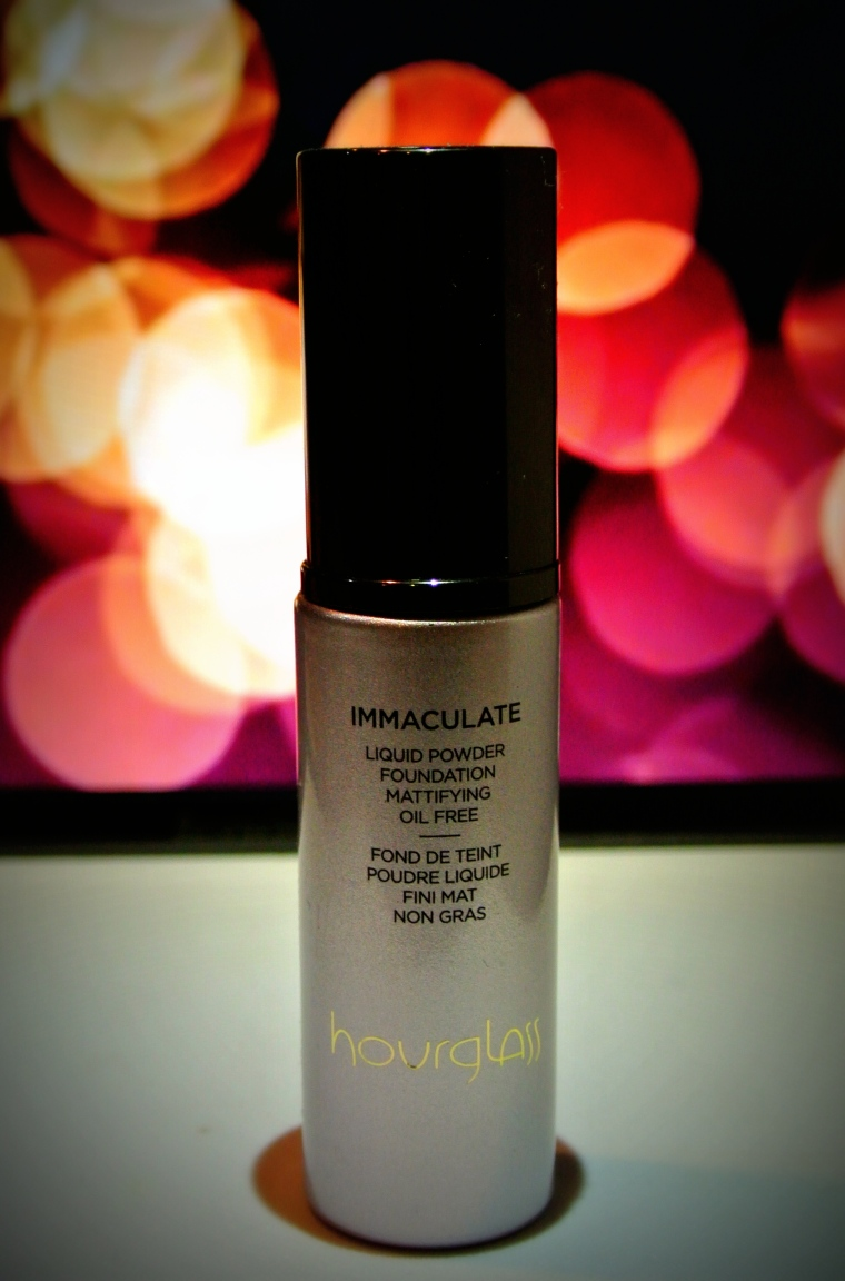 Hourglass - Immaculate Liquid Powder Foundation Review